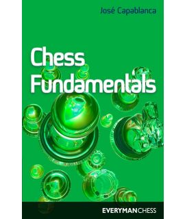 Chess Fundamentals (Algebraic)  by Capablanca, Jose