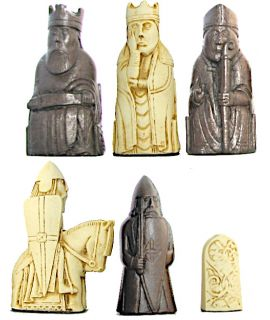 Lewis plain theme chess pieces