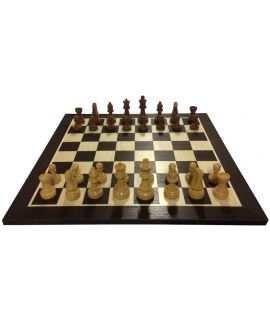Luxury Staunton with wenge chess board